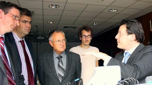 Hans Eichel bei Moba