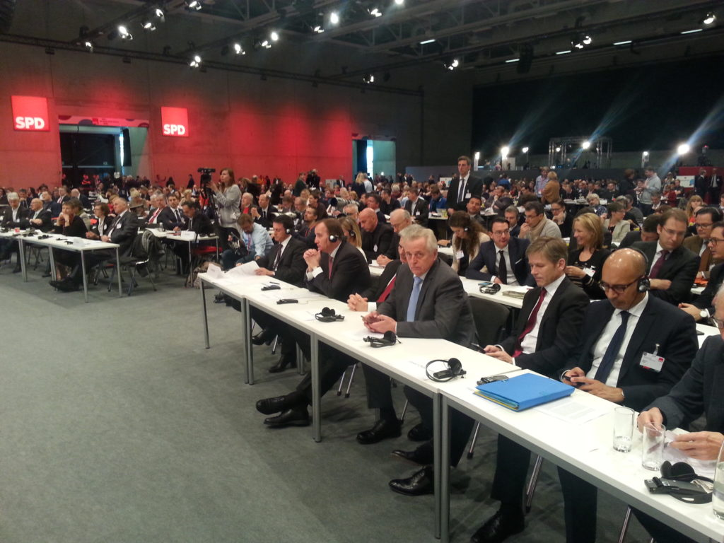 Europäische Sozialdemokrat*innen auf dem Bundesparteitag